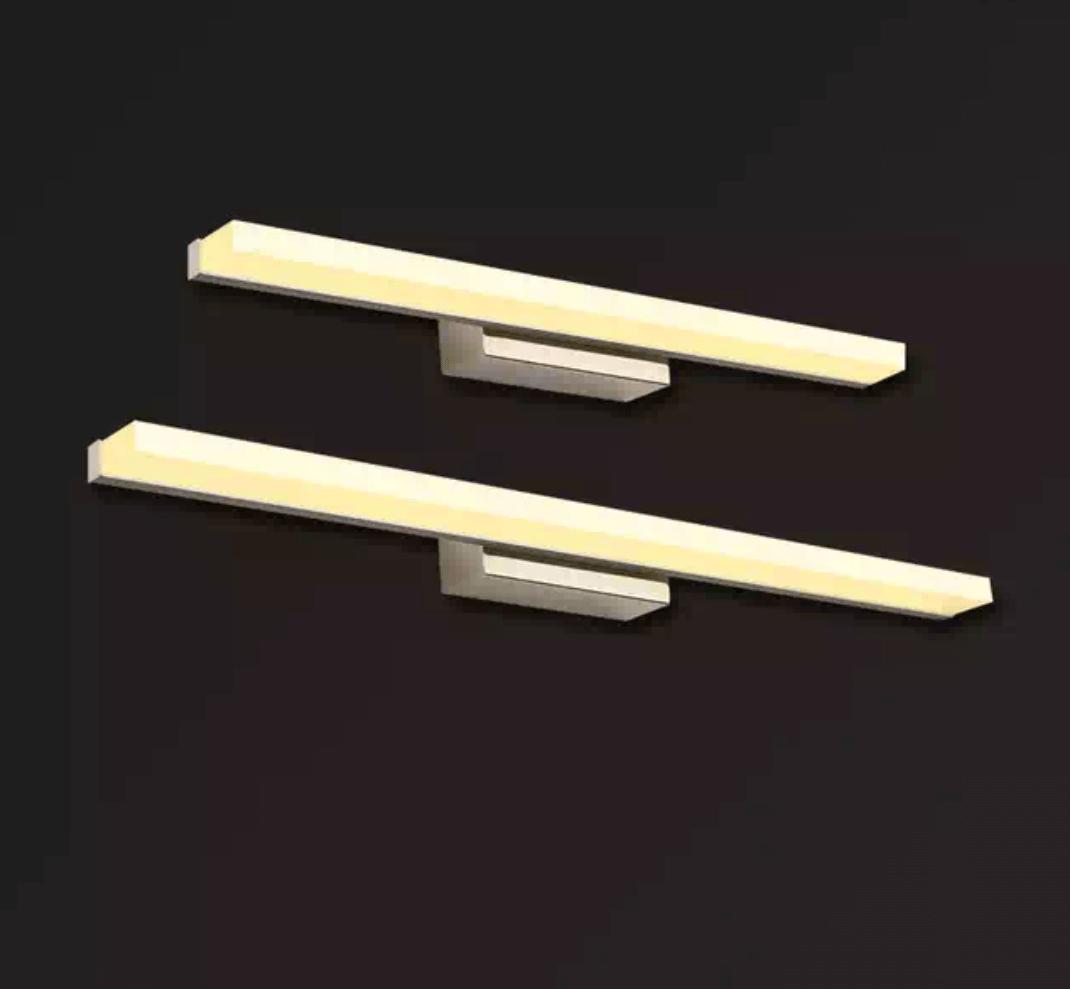צמוד קיר דגם טראב בסיס לבן/שחור